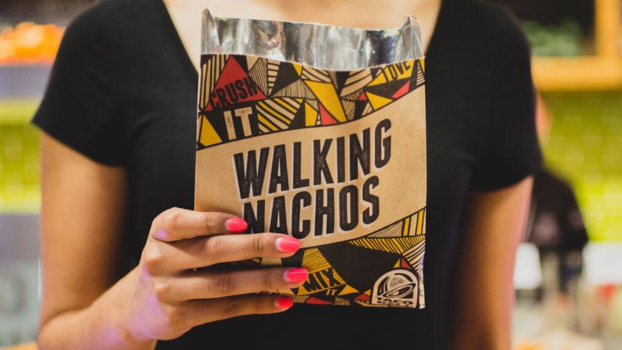 I Nachos da passeggio: la nuova idea di Taco Bell