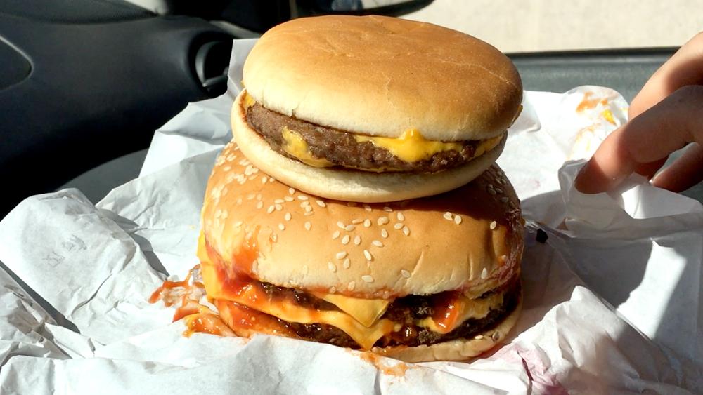 McDonald's vs Burger King - Sfida al miglior Doppio Cheeseburger
