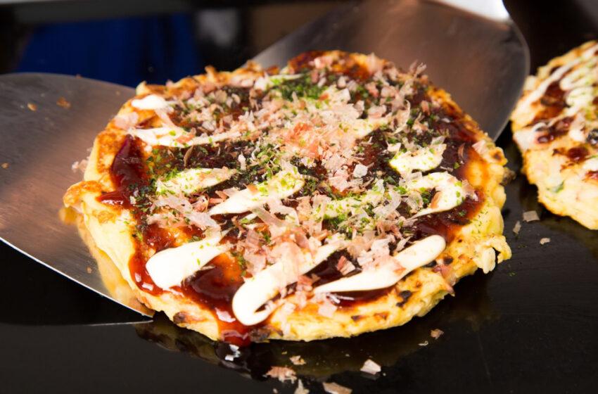 Shakey's Giappone lancia una nuova pizza ispirata all'Okonomiyaki